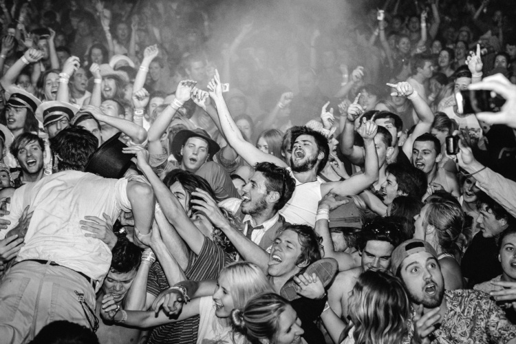 Winston Marshall crowd surfing. Australia 2012.